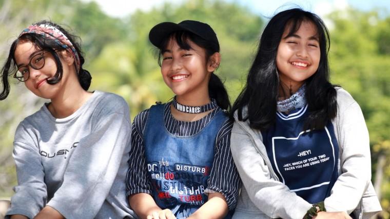 """reviving-ophelia"":-saving-adolescent-girls…-again"